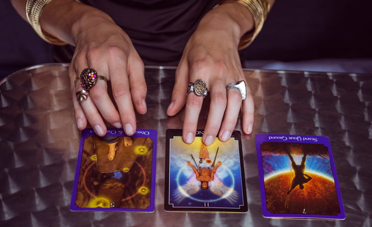 Tarot Spreads: Which one is right for me?